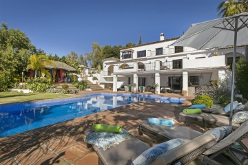 Spectacular Villa For Sale In La Carolina, Marbella Golden Mile